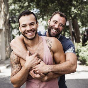 Happy Couple LGBT-min