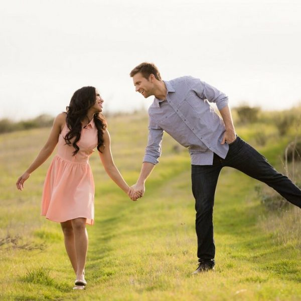 natural-light-couples-photography-whimsical-walk-1600x1066_orig